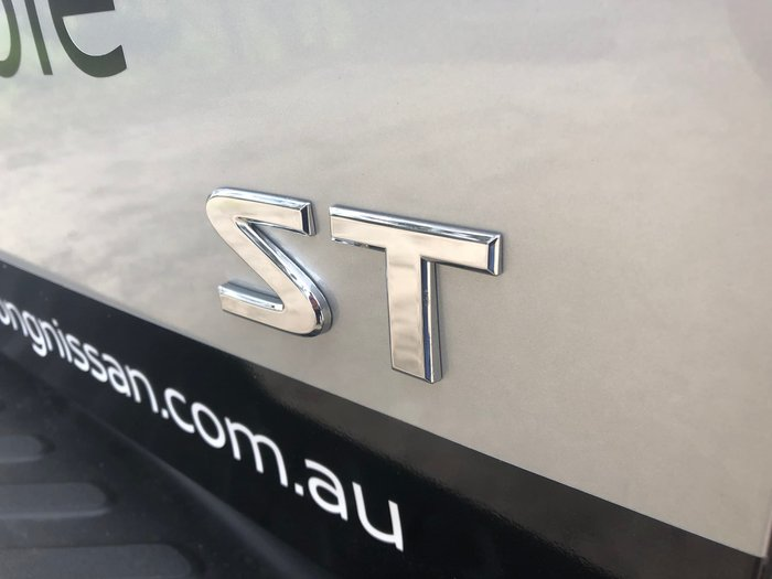 2019 Nissan Navara ST D23 Series 4 4X4 Dual Range Silver