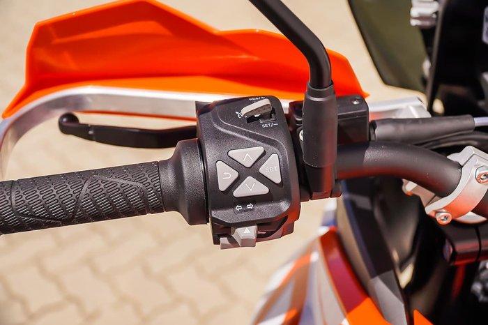 2018 KTM 1290 SUPER ADVENTURE R null null Orange