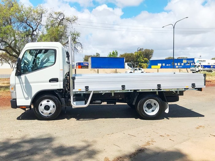 2019 FUSO CANTER 515 AMT CITY 2 YEARS FREE SERVICING ON 19 PLATED TRUCKS* null null null