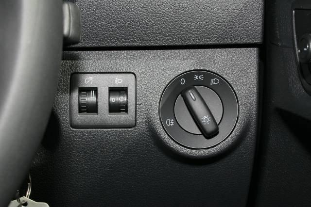 2019 Volkswagen Caddy TSI220 2KN MY20 CANDY WHITE