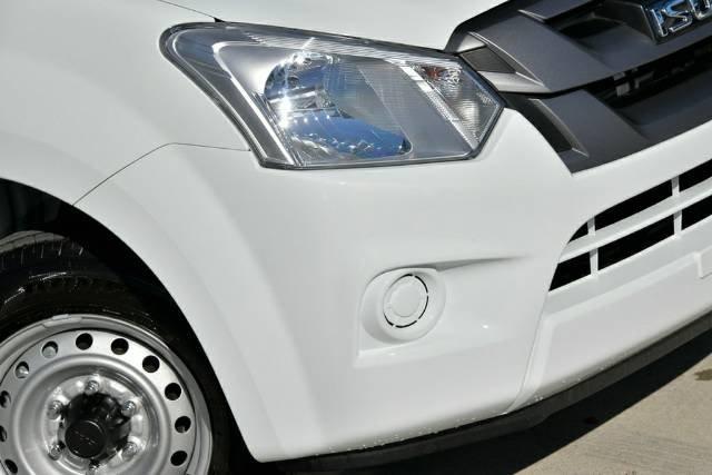 2019 Isuzu D-MAX SX MY19 SPLASH WHITE