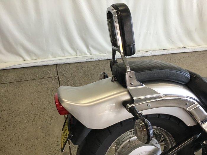 2013 Yamaha XVS650 V-STAR CUSTOM SILVER