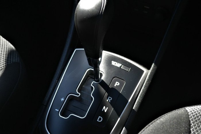 2014 Hyundai Accent Active RB2 WHITE