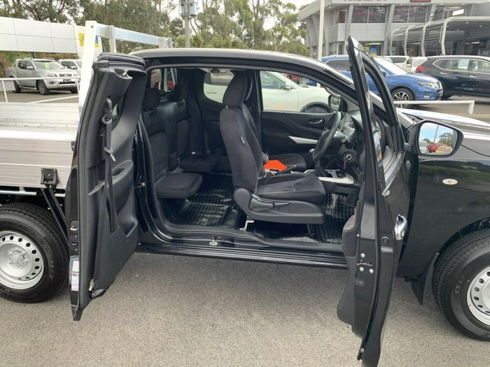 2016 Nissan Navara RX D23 4X4 Dual Range COSMIC BLACK