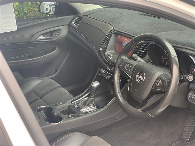 2016 Holden Ute SV6 Black VF Series II MY16 HERON WHITE