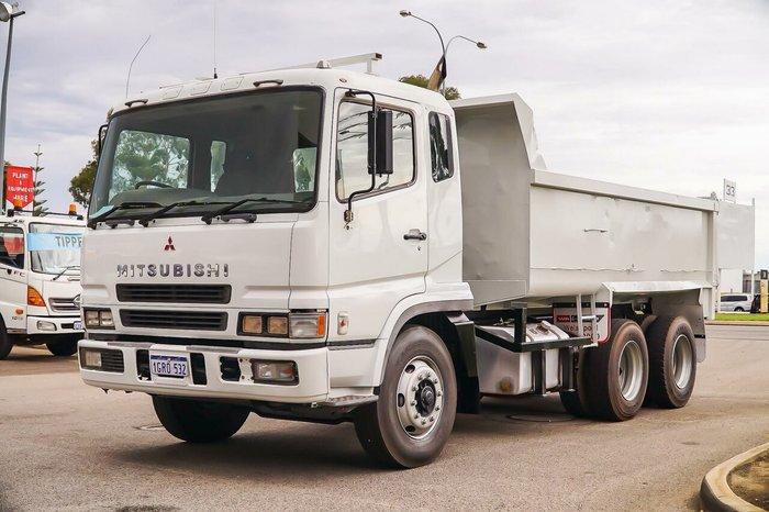 2001 Mitsubishi FV 6X4