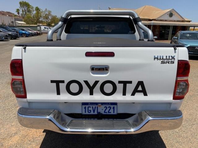 2012 TOYOTA HILUX SR5 (4x4) KUN26R MY12 White