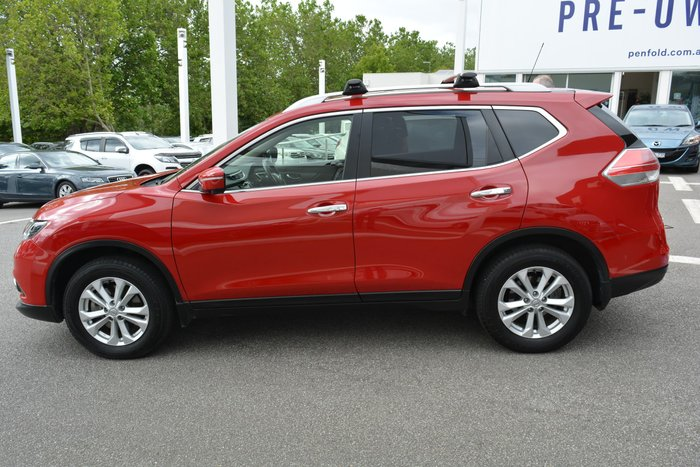 2016 Nissan X-TRAIL ST-L T32 Red