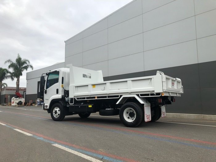 2019 Isuzu FRR 107-210 AMT FACTORY TIPPER White