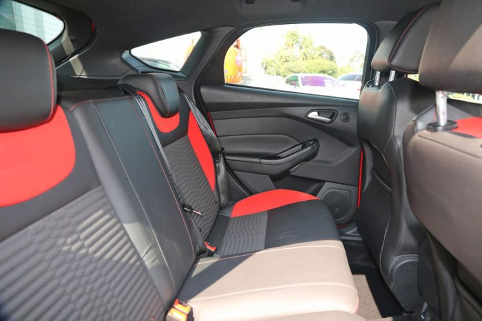 2013 Ford Focus ST LW MKII Red