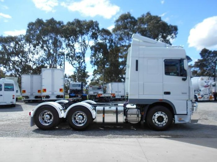 2014 DAF XF 105 SERIES null null WHITE