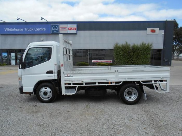 2016 FUSO CANTER 515 NARROW null null WHITE