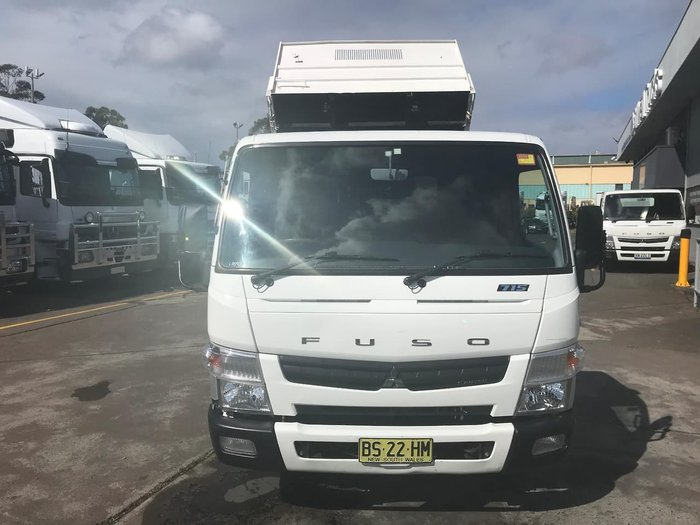 2012 MITSUBISHI CANTER 715 WIDE null null WHITE