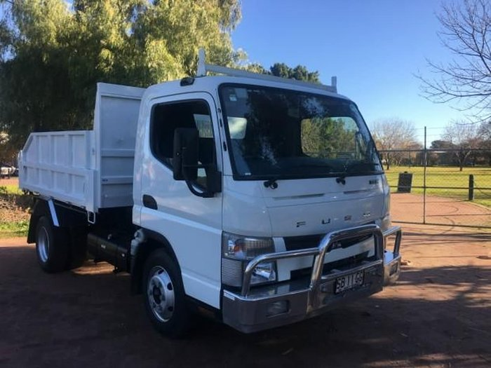 2012 MITSUBISHI CANTER 715 CANTER 715 null null white