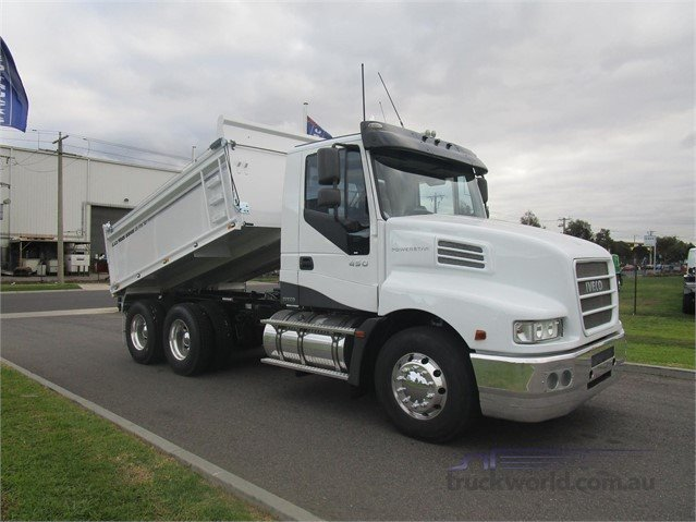 2012 Iveco Powerstar 7200 tipper white