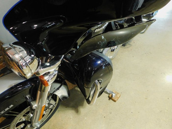 2020 Harley-Davidson FLHTK ULTRA LIMITED (TT) Midnight Blue/Barracuda Silver