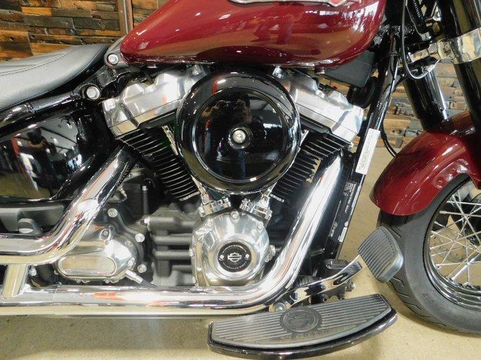 2020 Harley-Davidson FLSL SLIM (107) (SOLID) Billiard Burgundy