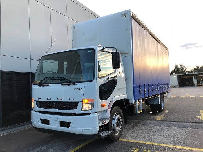 2017 FUSO FIGHTER null null White