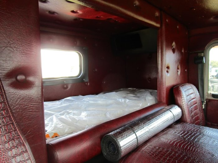 1979 KENWORTH K123 null null RED