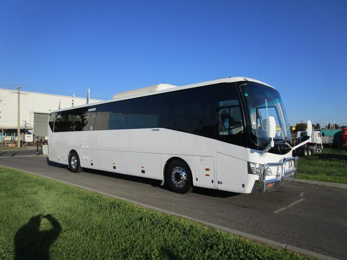 2014 YUTONG 51 SEATER RECLINER SEATS null null WHITE