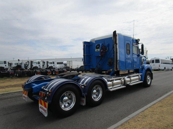 2011 FREIGHTLINER CORONADO 122SD null null BLUE