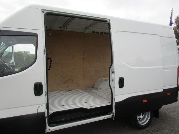 2017 IVECO DAILY 50C 17/18 null null WHITE