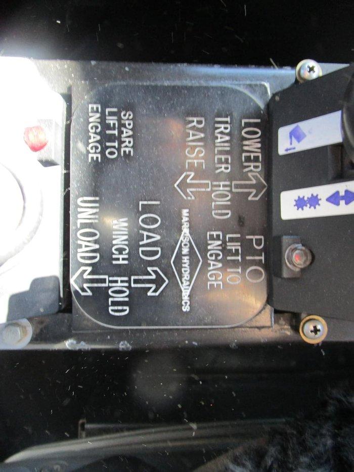 2010 KENWORTH T402 NIL K'S ON ENGINE REBUILD null null WHITE
