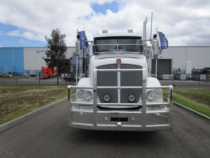 2013 KENWORTH T403 DAY CAB null null WHITE