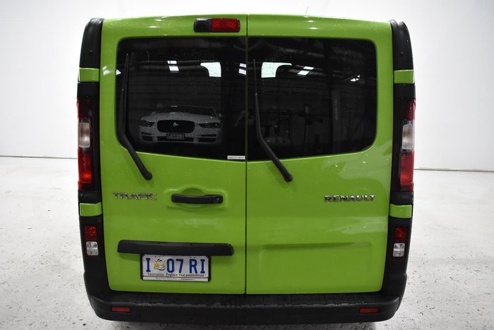 2015 Renault Trafic 103KW X82 Green