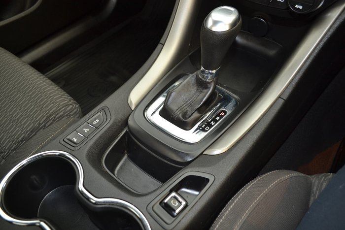2015 Holden Ute VF MY15 White