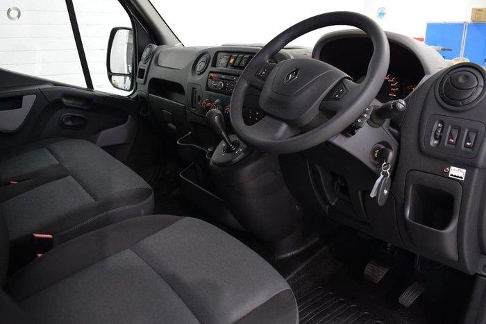 2019 Renault Master X62 Grey