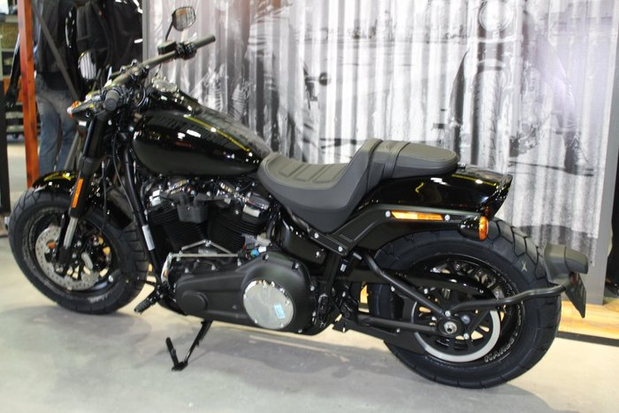 2019 Harley-davidson FXFB FAT BOB (107) (SOLID) Black DENIM