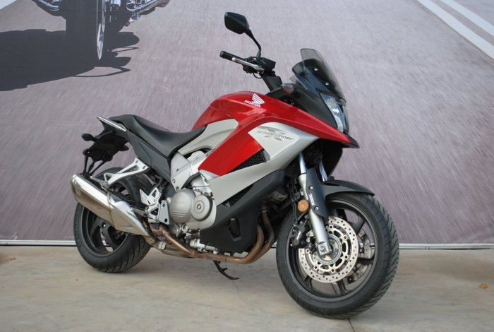 2011 Honda VFR800F (VFR800Fi) Red