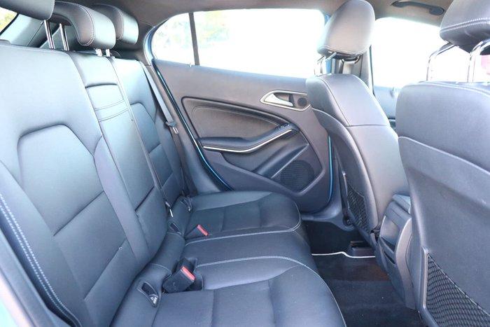 2016 Mercedes-Benz GLA-Class GLA180 X156 Blue