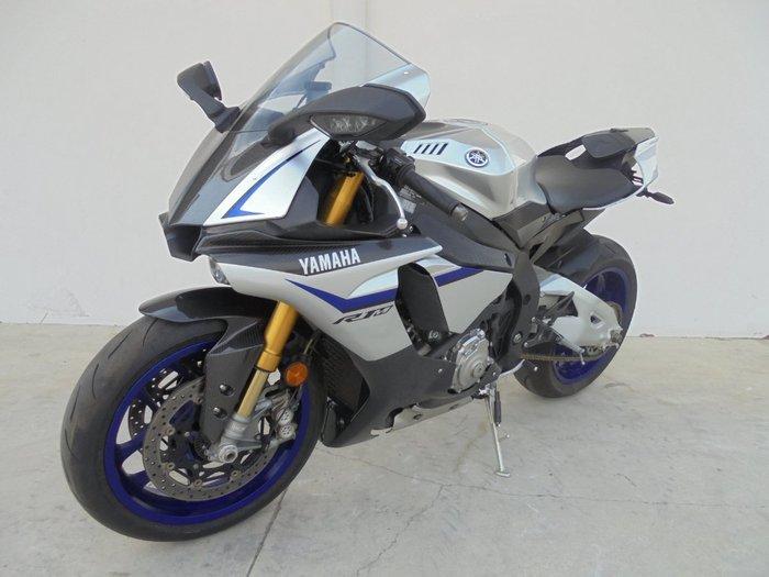 2016 Yamaha YZF-R1 M SILVER