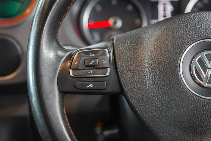 2014 Volkswagen Amarok TDI420 Canyon 2H MY14 4X4 Constant Black