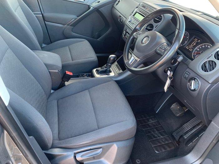 2012 Volkswagen Tiguan 103TDI 5N MY12.5 Four Wheel Drive null