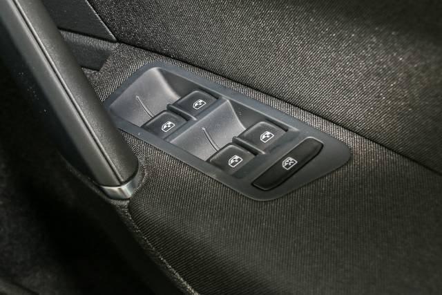 2019 Volkswagen Golf 110TSI Comfortline 7.5 MY20 PURE WHITE