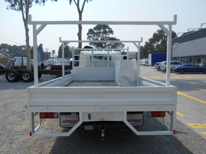2016 HINO 717 - 300 SERIES null null White