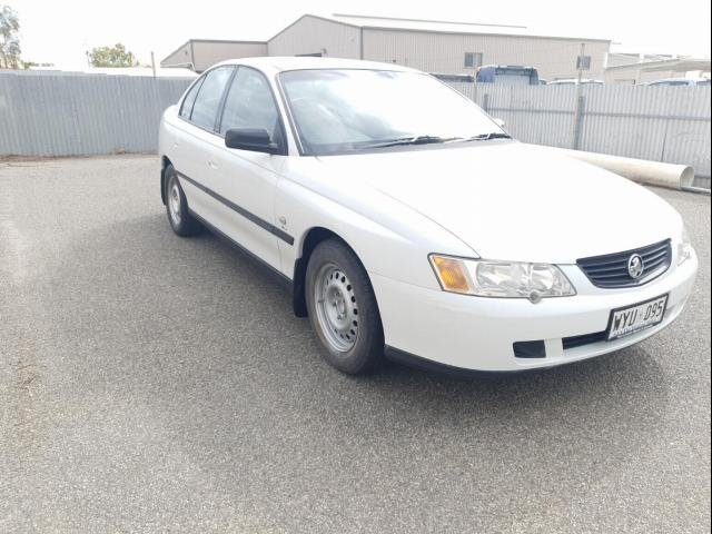 2003 HOLDEN COMMODORE EXECUTIVE VY white