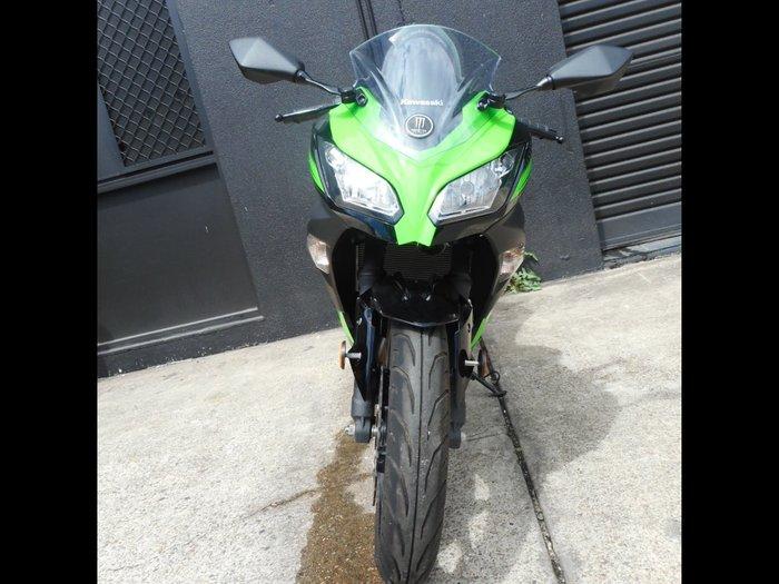 2017 Kawasaki NINJA 300 SE KRT REPLICA KRTGreen