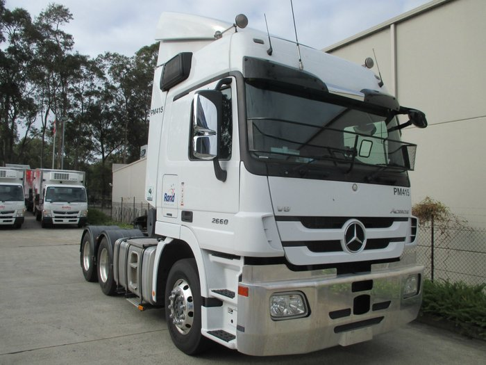 2015 Mercedes-Benz 2660 Actros White