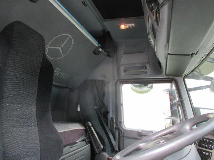 2015 Mercedes-Benz 2660 Actros White