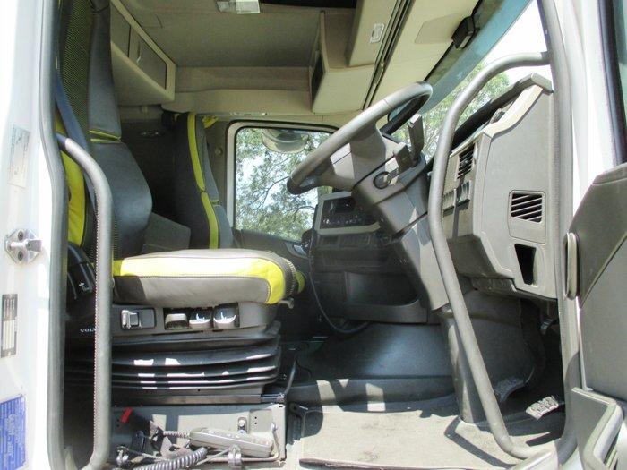 2015 Volvo FH16 White