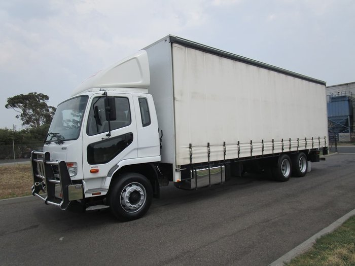 2017 FUSO FIGHTER 2427 null null WHITE