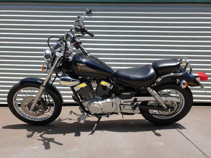 2002 YAMAHA VIRAGO 250 (XV250) null null Black