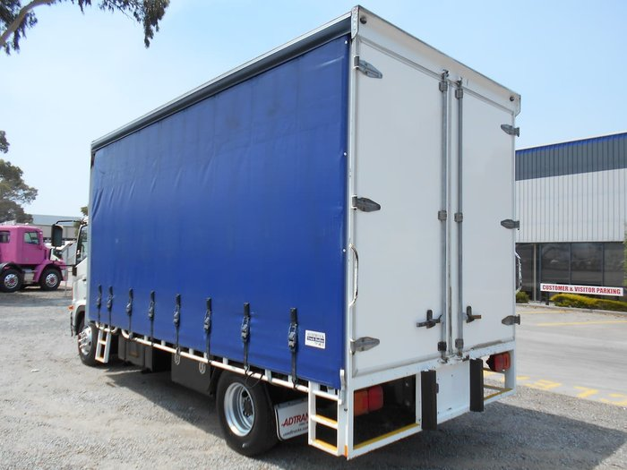 2012 HINO FC 1022 - 500 SERIES null null White