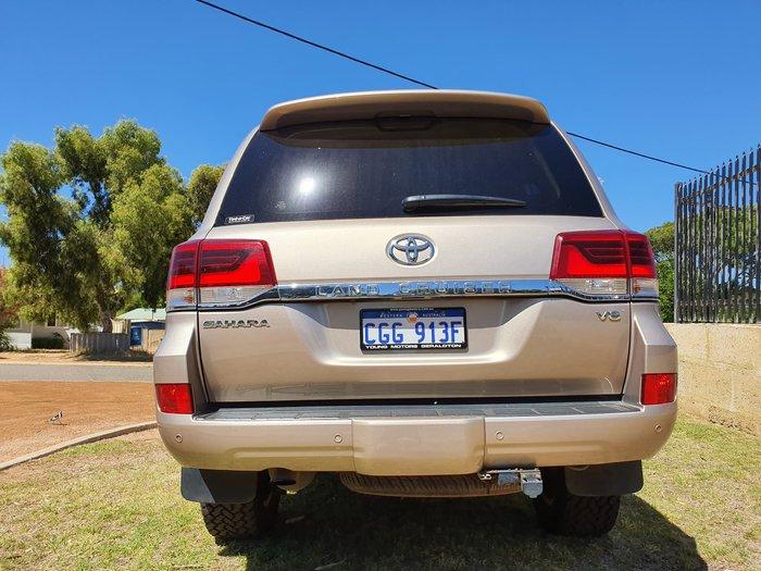 2016 Toyota Landcruiser Sahara VDJ200R 4X4 Dual Range Gold