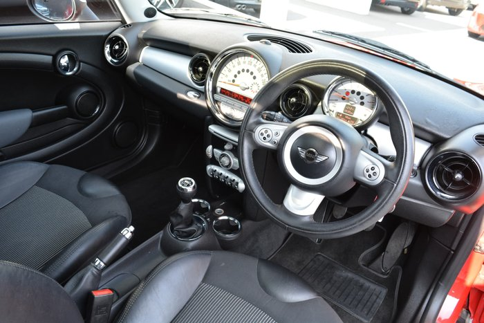 2008 MINI Hatch Cooper Chilli R56 Red
