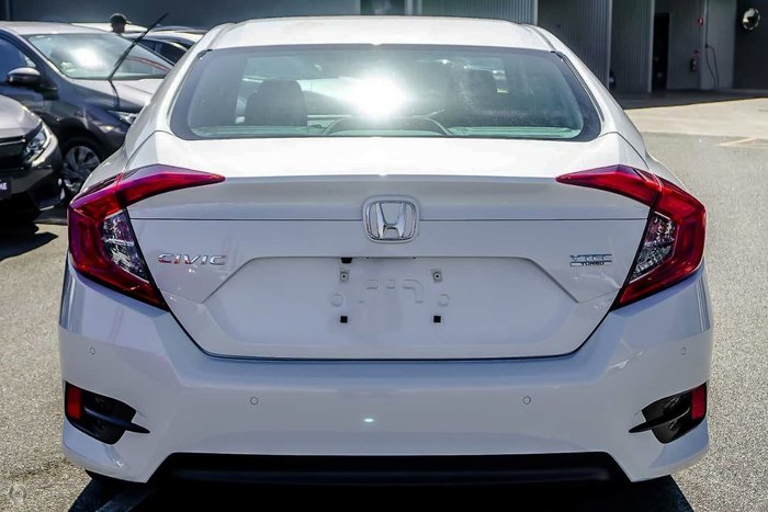 2019 Honda Civic VTi-L 10th Gen MY19 White